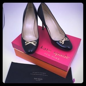 Kate Spade Antonella Black Pumps w/Gold Bow